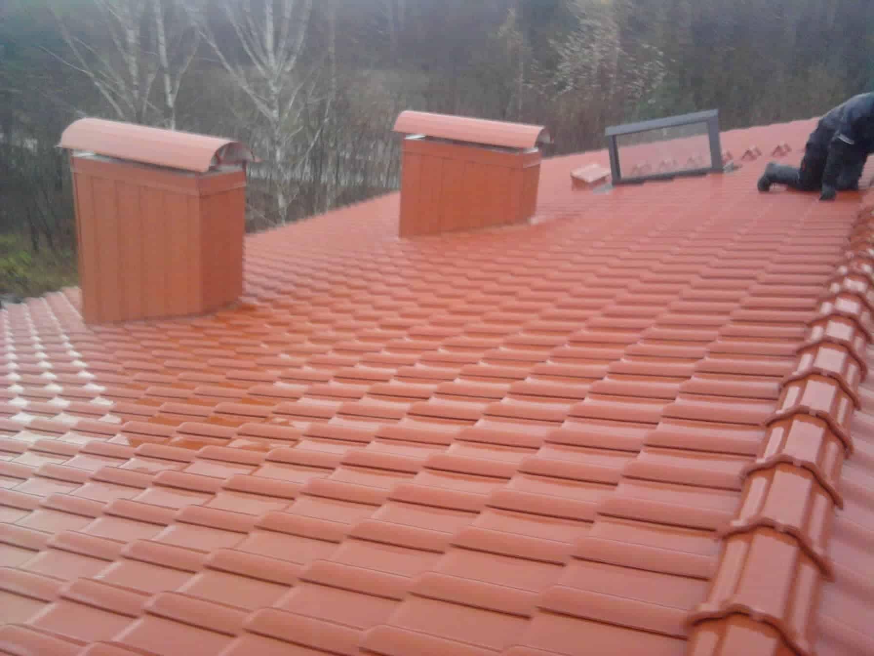 medinio namo stogo klojimas